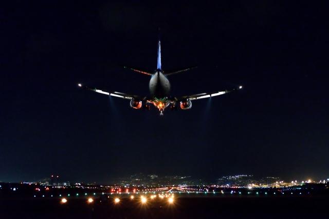 夜出発の飛行機