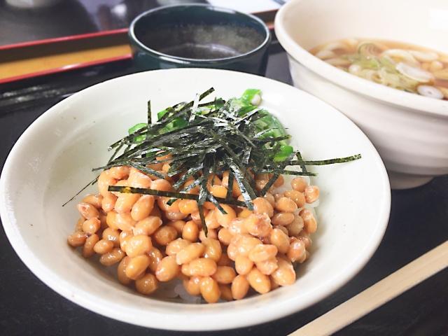朝定食納豆