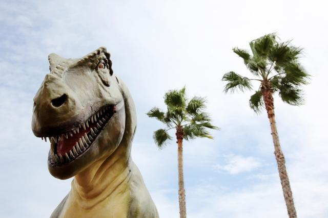恐竜のレプリカ