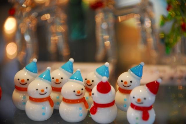 クリスマスイブ海外雪だるま